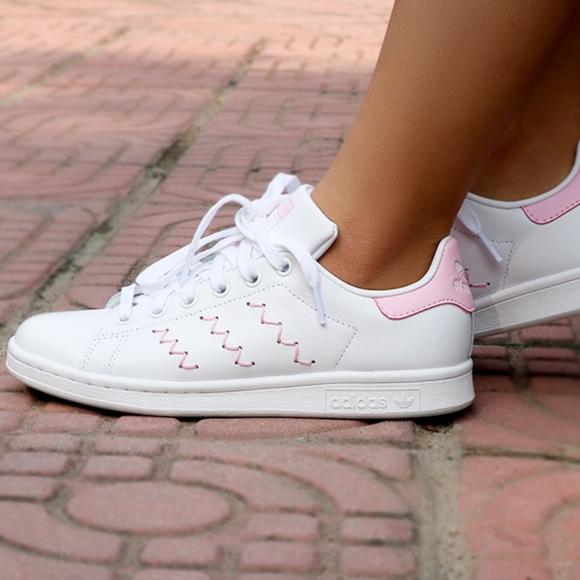 best service ebb87 f1b8b Women's Adidas Stan Smith (Size 8) NWT